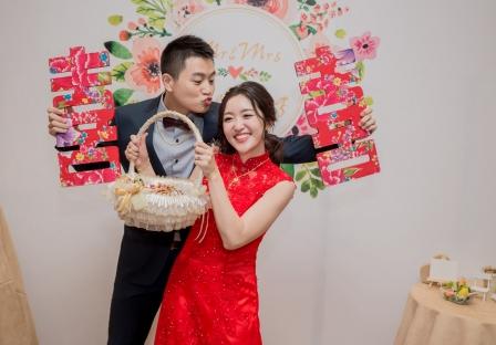 《台中婚攝》 老婆~啾一個嘛 / 台中僑園飯店