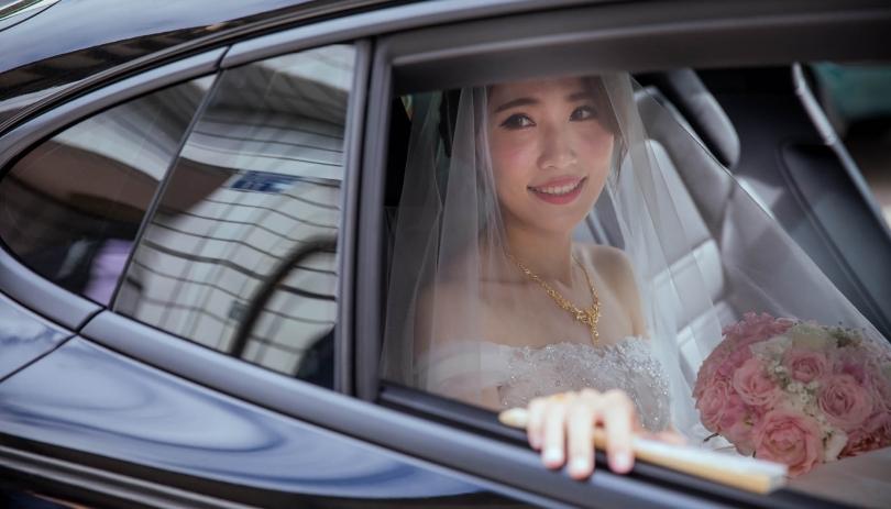 《台中婚攝》依依不捨的難忘婚禮 / 台中新天地