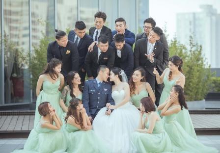 《台南婚攝》在英姿颯爽中的柔柔幸福依偎 / 台南雅悅會館