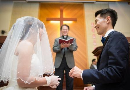 《台北婚攝》在主的殿堂中閃耀甜美幸福 / 文山教會-福容大飯店