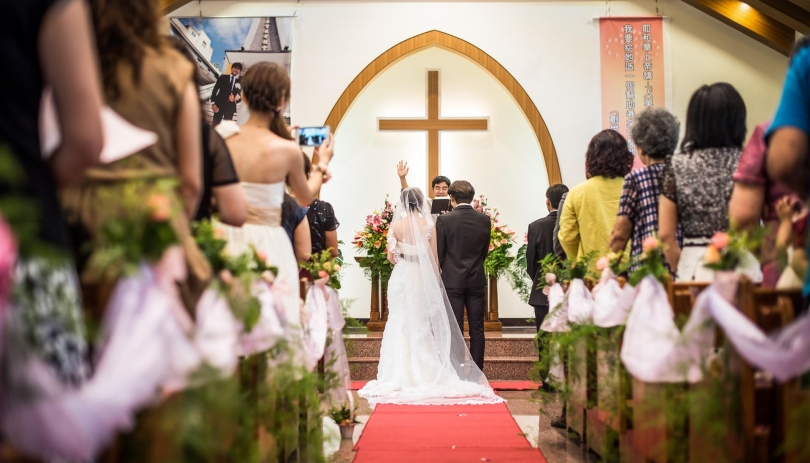 《嘉義婚攝》光輝下的幸福氛圍 / 新塭教會
