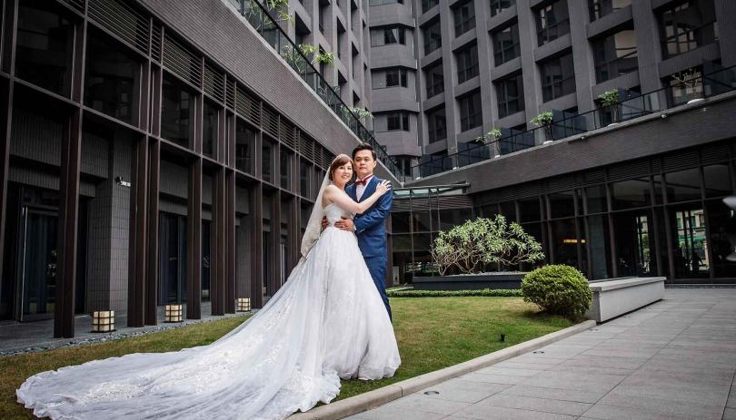《新北婚攝》最幸福的擁抱 / 白金花園酒店