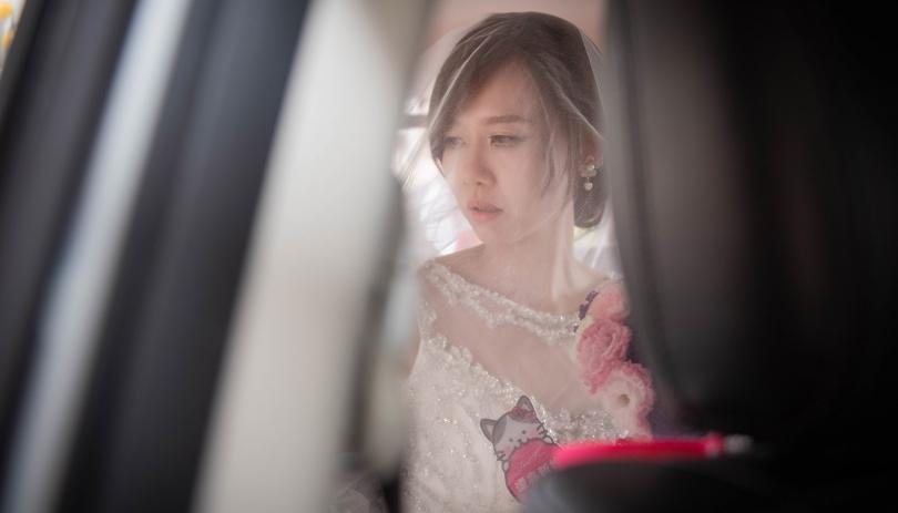 《屏東婚攝》婚禮中的最美 / 東港龍興