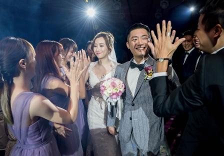 《台中婚攝》為幸福未來,擊掌! / 台中僑園飯店