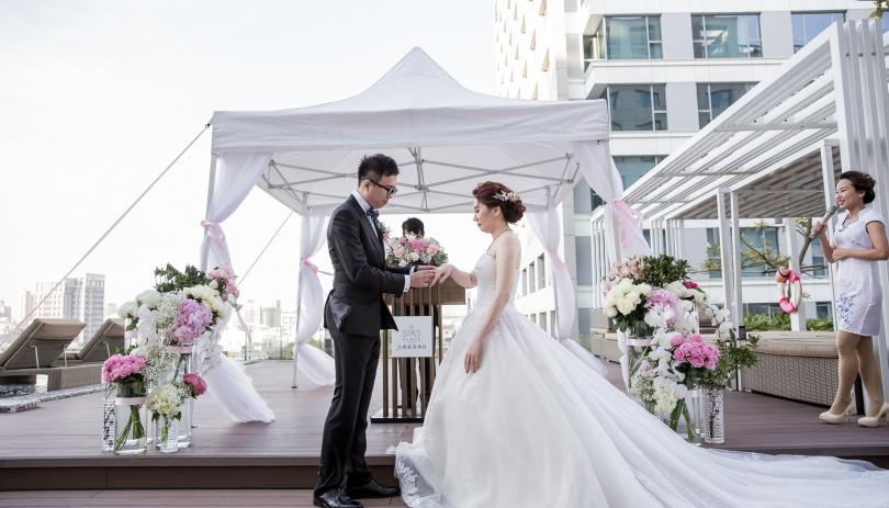 《台南婚攝》微微甜蜜/ 台南晶英酒店