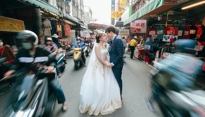 《台中婚攝》這~是我倆的幸福時刻/台中港酒店
